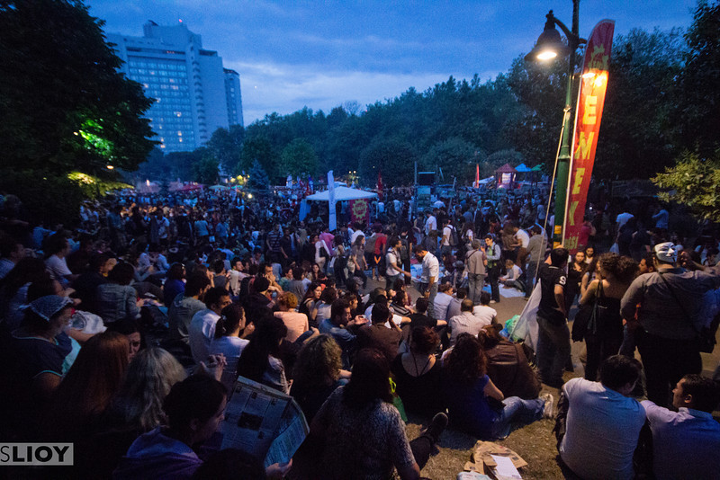 2013 Protests in Istanbul's Gezi Park, Taksim, and Besiktas neighborhoods. <br /> <br /> Istanbul, Turkey.