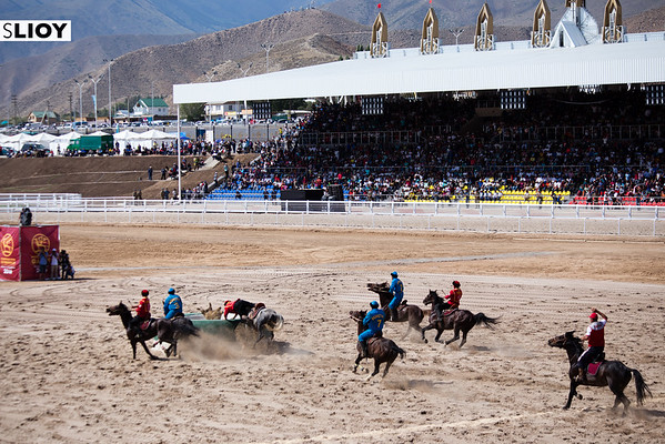 Kyrgyzstan scoring a point in Kok Boru during the finals of the 2016 World Nomad Games in Kyrgyzstan.
