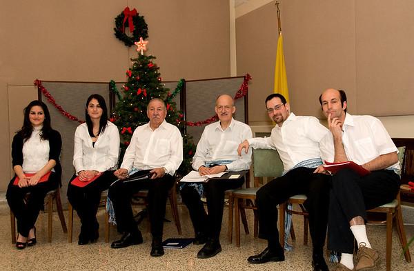 Le groupe de chanteurs pour les chants folkloriques