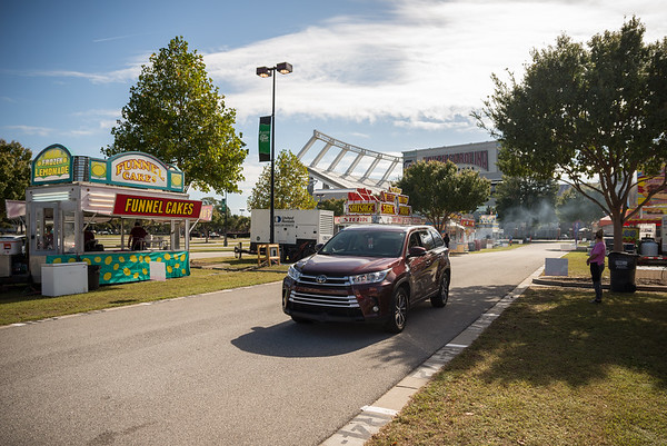 A customer makes their way through the opening day of the drive-thru State Fair on Monday Oct. 19. John A. Carlos II / Special to The Post and Courier