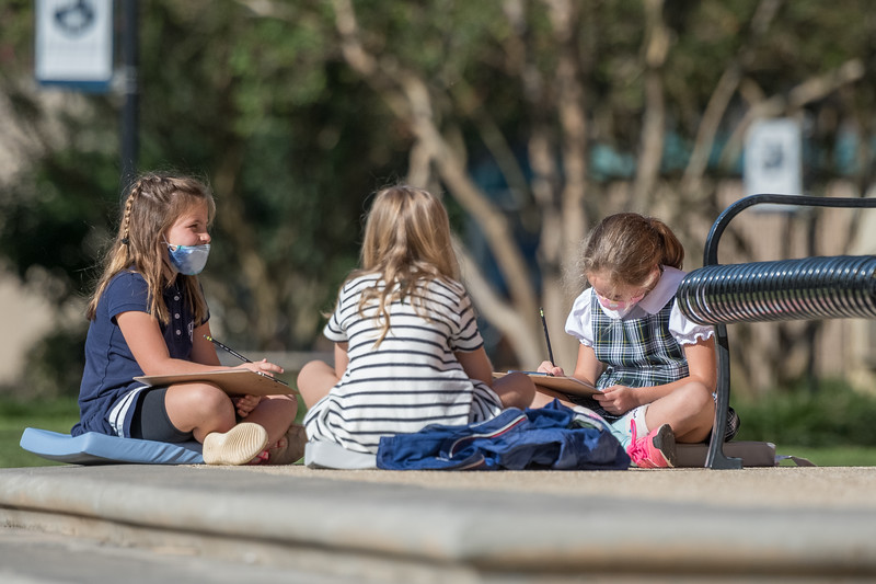 Second graders in Kellie McElveen class learn outside at Heathwood Hall on Oct. 2. John A. Carlos II / Special to The Post and Courier