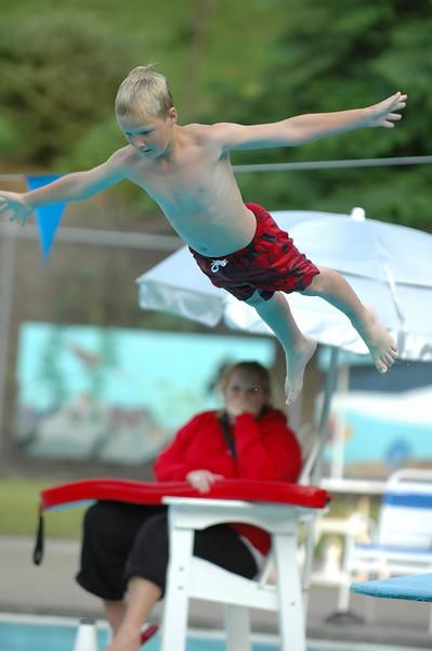 For the Enterprise/John Kossik<br /> Tyler Baker, 10 of Everett flys high in the bellyflop contest
