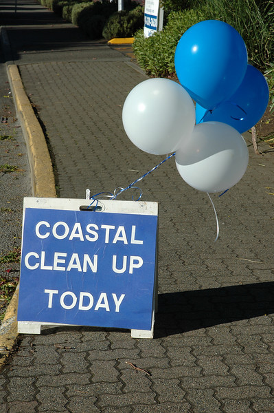 For the Enterprise/John Kossik<br /> Sign directs visitors to Edmonds Coastal Clean Up Day at the Olympic Beach Plaza.