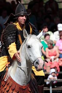 Archer in scaled leather armour — Bőr pikkelyvértes íjász