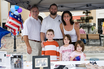 Wounded Warrier info tent  (top row left to right) Jack Briggman,  August Schüss, Amanda Schüss.  (bottom row Left to Right) ? little boy, Abby Smith, Kendal(sp?) Smith.