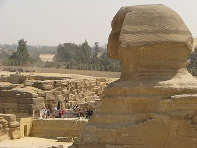 A Nagy Szfinx és Hafré völgytemploma