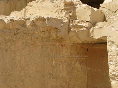 Egy beomlott sír falfestményei