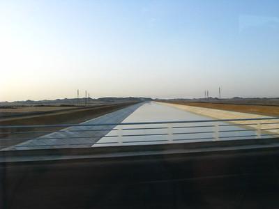 Csatorna, úton Abu Szimbel felé
