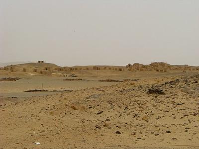 Bagawat ókeresztény sírkápolnái messziről