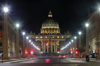 San Pietro a notte — A Szent Péter székesegyház éjjel