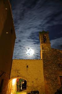 Borgo de' Frari a notte—Nun's Monastery by night—Apácazárda éjjel
