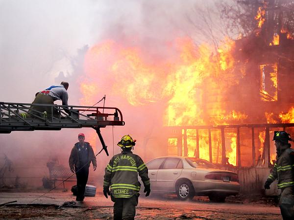 Moodus fire 12 23 10_0061 copy