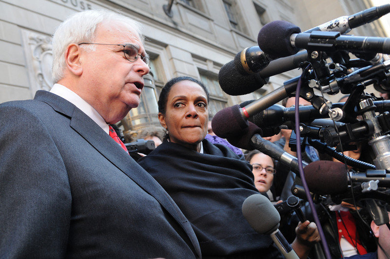 12-01-09 Baltimore, MD- Photos of Mayor Dixon leaving the Baltimore City Circuit Courthouse after the jury found her guilty on the 4th count, dealing with the Holly Trolly Gift Cards.  Photo by Maximilian Franz/ The Daily Record