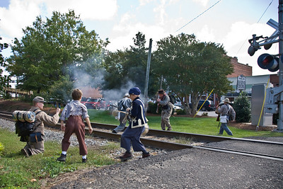 civil war reenactment right through the middle of the town of waxhaw!