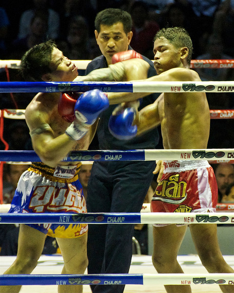 Muay Thai at Lumpinee Stadium<br /> <br /> Bangkok, Thailand