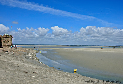 Channel shore by Mont Saint Michel