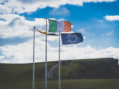 Flag of Ireland, Cliffs of Moher, Ireland