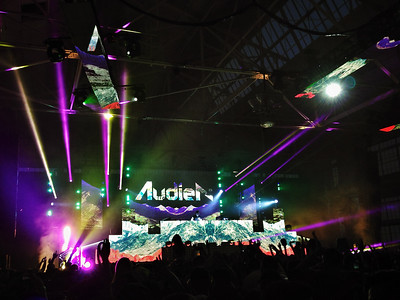 Audio on the Bay, Audien, Craneway Pavillion