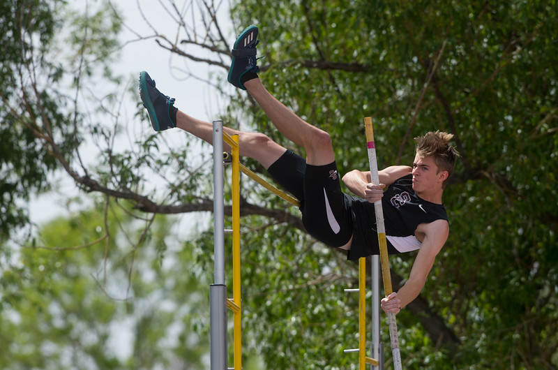 "Silver Creek High School's Austin Leech competes in the boys 4A pole vault during the Track and Field State Championships at Jefferson County Stadium in Lakewood on Saturday.<br /> More photos:  <a href=""http://www.BoCoPreps.com"">http://www.BoCoPreps.com</a><br /> Autumn Parry/Staff Photographer<br /> May 21, 2016"