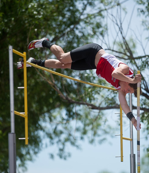 "Skyline High School's Aaron Carmichael competes in the boys 4A pole vault during the Track and Field State Championships at Jefferson County Stadium in Lakewood on Saturday.<br /> More photos:  <a href=""http://www.BoCoPreps.com"">http://www.BoCoPreps.com</a><br /> Autumn Parry/Staff Photographer<br /> May 21, 2016"