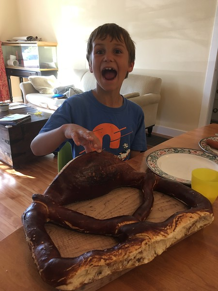 yes, that is the biggest soft pretzel ever