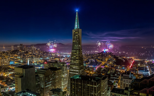 July 4th San Francisco 2013 For the 4th of July I had an incredible opportunity to shoot from the 40th floor of the +Mandarin Oriental, San Francisco.  My buddy +Michael Shainblum and I had 5 cameras timelapsing the whole time. I have tons of shots to go through still need to get some sleep! Here is one frame to get you started, one shot no compositing. Hope you all enjoyed your evening!   Canon 5D MK III Canon 16-35mm f/2.8 L II ISO 400 8.2 Seconds f/10 +Induro  CT214  Post & Prints: http://tobyharriman.com/july-4th-san-francisco-2013/