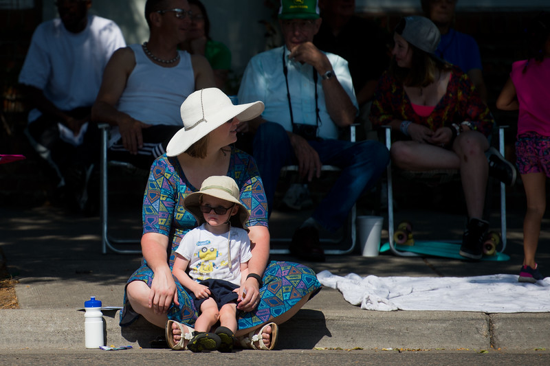 "Spectators watch the  Boulder County Fair Parade in Longmont on Saturday. <br /> More photos:  <a href=""http://www.dailycamera.com"">http://www.dailycamera.com</a><br /> (Autumn Parry/Staff Photographer)<br /> July 30, 2016"