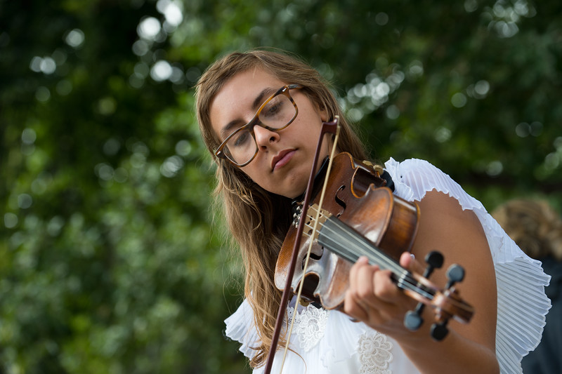 "Jade Davis plays the violin with her husband, Nicholas Davis, during Pridefest at Central Park in Boulder on Sunday. <br /> More photos:  <a href=""http://www.dailycamera.com"">http://www.dailycamera.com</a><br /> (Autumn Parry/Staff Photographer)<br /> September 11, 2016"