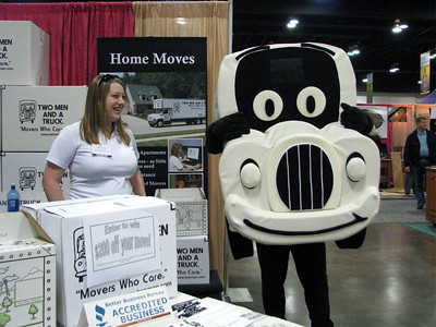 Jessica and Truckie at FW home show Jan 2010