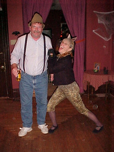 Mike & Nancy as  The Drunk & The Kitty