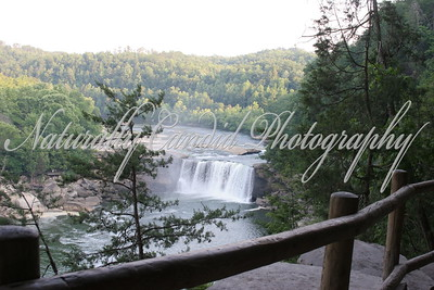 Cumberland Falls. Cumberland State park, KY.