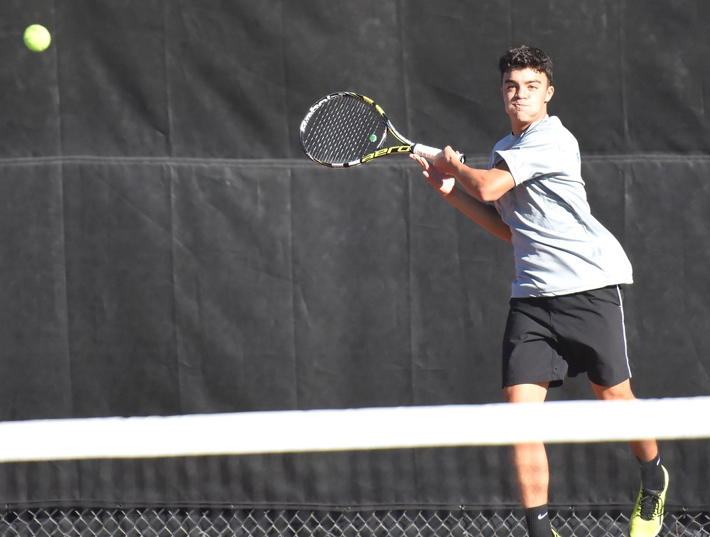 . Broomfield�s Giovanni Intermesoli hits a forehand during Day 1 of the Class 5A boys tennis state championships on Thursday at Gates Tennis Center in Denver. (Photo by Brad Cochi/BoCoPreps.com)