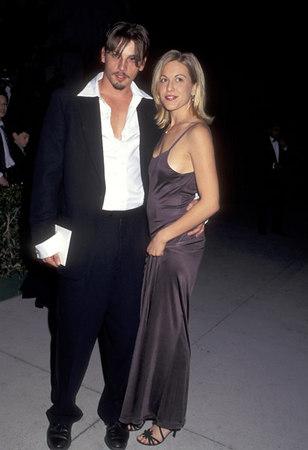 1996 Vanity Fair Oscar Party - Arrivals