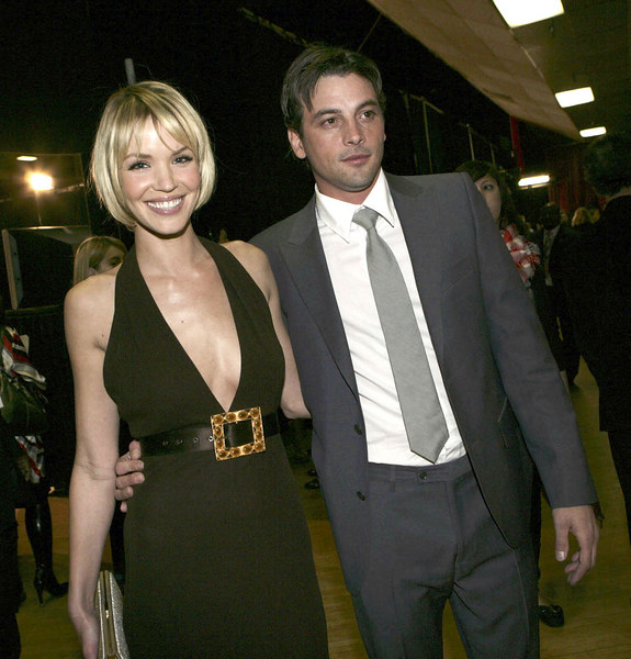 2007 People's Choice Awards.<br /> January 9, 2007: Skeet Ulrich and Ashley Scott presented the award for Best Television Drama. 33rd Peoples Choice Awards at the Shrine Auditorium in Los Angeles, California.