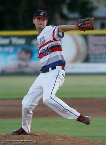 Chico Heat's Staurt Bradley pitches during a baseball game against the Medford Rogues July 6, 2016 at Nettleton Stadium in Chico, Calif. (Emily Bertolino -- Enterprise-Record)