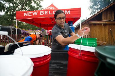 Photos: Eco-Plates at Folks Fest