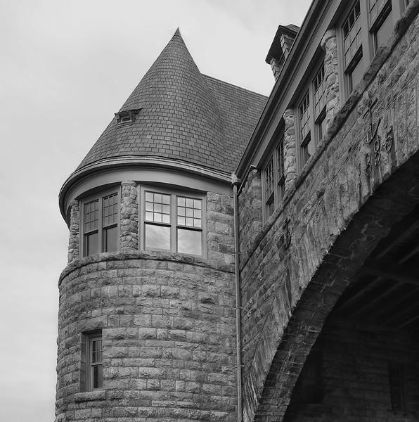 Arching Over<br /> Narragansett, RI