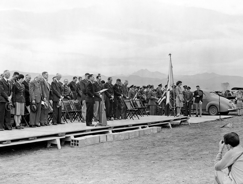 L-20-9_Airport_dedication