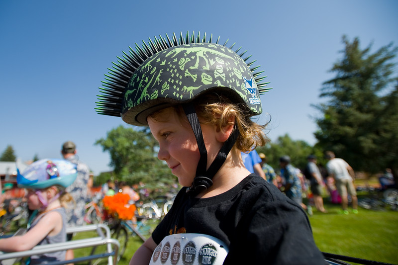 "Jude Williams, 4, wears a spiked helmet for the G'Knight ride at Roosevelt Park in Longmont on Saturday.<br /> More photos:  <a href=""http://www.dailycamera.com"">http://www.dailycamera.com</a><br /> (Autumn Parry/Staff Photographer)<br /> June 18, 2016"