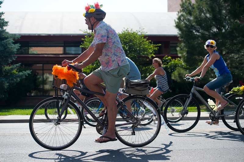 "Rick Fitzgerald rides among bicyclists during the G'Knight ride at Roosevelt Park in Longmont on Saturday.<br /> More photos:  <a href=""http://www.dailycamera.com"">http://www.dailycamera.com</a><br /> (Autumn Parry/Staff Photographer)<br /> June 18, 2016"