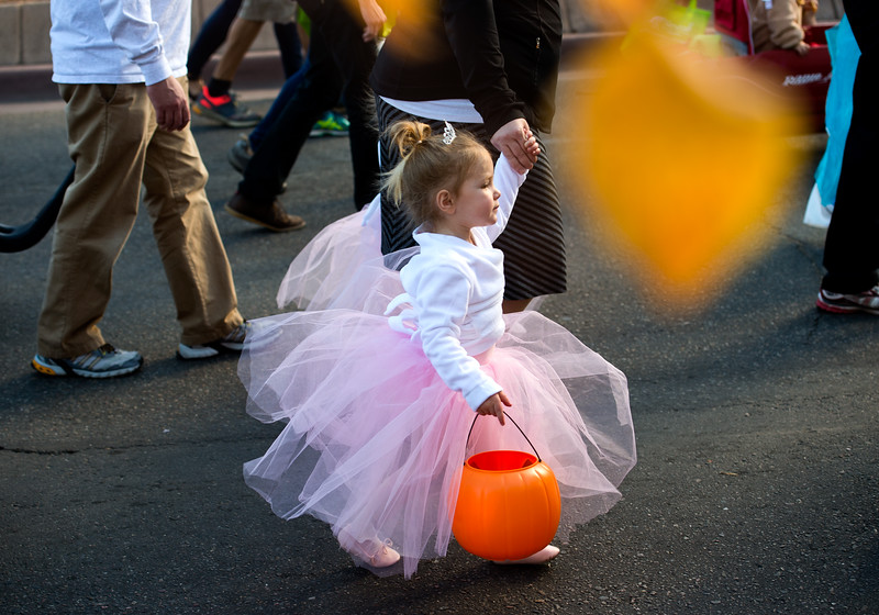 "A little girl dressed as a ballerina walks in the annual Halloween Parade and Trick or Treat Street in Longmont on Saturday. <br /> More photos:  <a href=""http://www.dailycamera.com"">http://www.dailycamera.com</a><br /> (Autumn Parry/Staff Photographer)<br /> October 29, 2016"