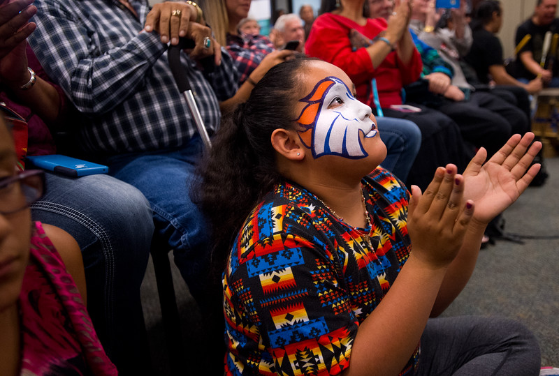 "Carmelle Welsh, 9, applauds for the Intertribal Traditional Dancers during Boulder's inaugural Indigenous Peoples Day Celebration at the Municipal Building on Sunday. <br /> More photos:  <a href=""http://www.dailycamera.com"">http://www.dailycamera.com</a><br /> (Autumn Parry/Staff Photographer)<br /> October 9, 2016"