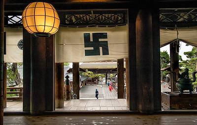 Temple, Nagano, Japan
