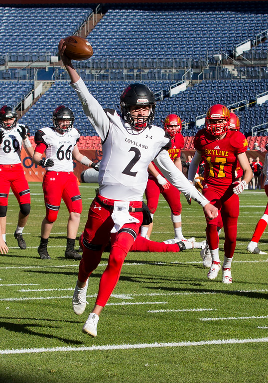 . Loveland Riley Kinney (2) runs for his second touchdown against Skyline Saturday afternoon Dec., 1, 2018 during the CHSAA 4A State Championship game at Broncos Stadium in Denver. The Loveland Indians won, beating the Skyline Falcons 62-14. (Michael Brian/For the Reporter-Herald)