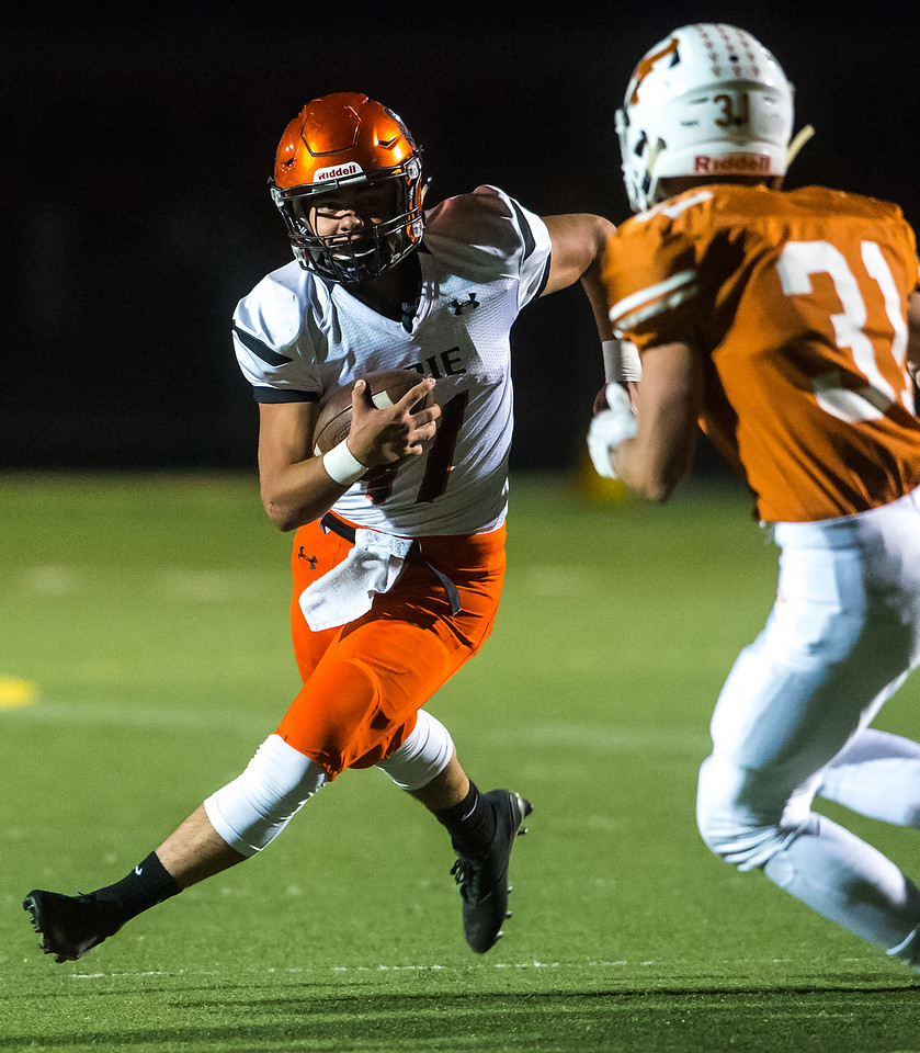 "Erie's Ruben Portillo II runs the ball down the field  during the game against Mead at Mead High School on Friday. <br /> More photos:  <a href=""http://www.BoCoPreps.com"">http://www.BoCoPreps.com</a><br /> (Autumn Parry/Staff Photographer)<br /> October 28, 2016"