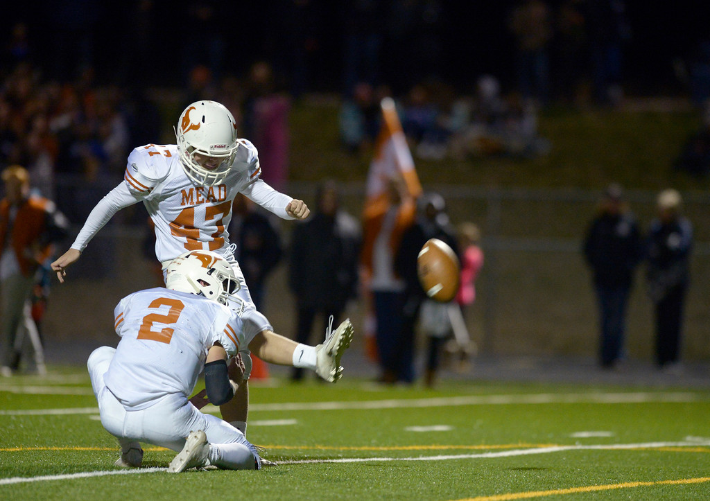 . Mead\'s Taylor Kamigaki kicks a field goal in the first quarter against Erie Friday night at Erie High School. To view more photos visit bocopreps.com. Lewis Geyer/Staff Photographer Oct. 24, 62017