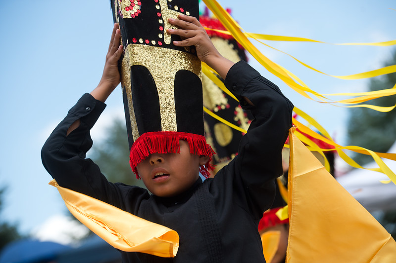 "A member of Qhaswa Peru, a Peruvian folk dance group, holds on to his hat while performing during the Peruvian Festival at Sandstone Ranch Park in Longmont on Sunday.<br /> More photos:  <a href=""http://www.dailycamera.com"">http://www.dailycamera.com</a><br /> (Autumn Parry/Staff Photographer)<br /> July 24, 2016"