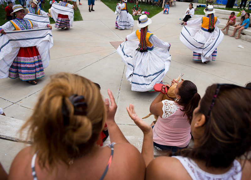 "Qhaswa Peru, a Peruvian folk dance group, perform during the Peruvian Festival held at Sandstone Ranch Park in Longmont on Sunday.<br /> More photos:  <a href=""http://www.dailycamera.com"">http://www.dailycamera.com</a><br /> (Autumn Parry/Staff Photographer)<br /> July 24, 2016"