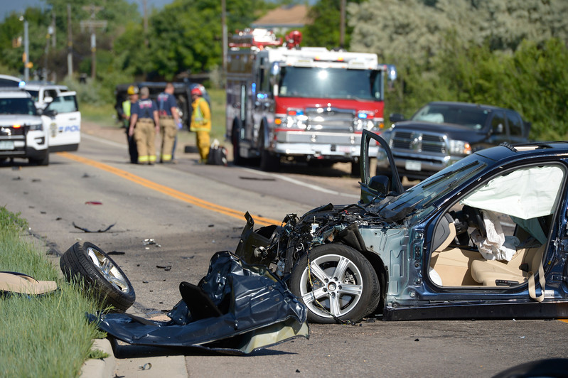 Longmont\'s Pike Road shut down for 5 hours after 4-vehicle crash ...