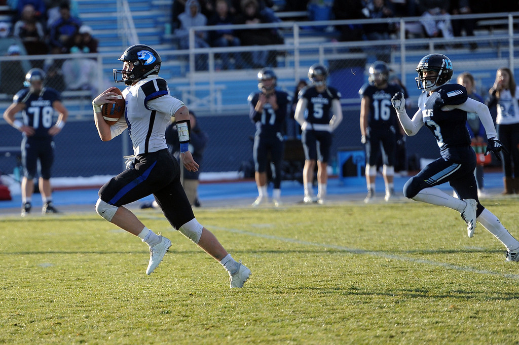 . Zane Zuhlke outruns a defender on his way to a touchdown against Platte Valley on Sunday, Nov. 18, 2018. (Colin Barnard/Loveland Reporter-Herald)